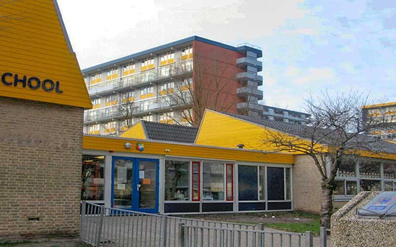 Renovatie Basisschool en gymzaal Rijswijk, de nieuwe zijentree voor de middenbouw groepen